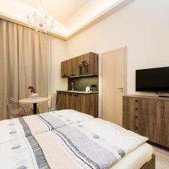 Отель Ostrovni Astra Apartment Чехия, Прага - отзывы, цены и фото номеров - забронировать отель Ostrovni Astra Apartment онлайн комната для гостей фото 3