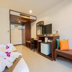 Отель Coconut Village Resort 4* Улучшенный номер с двуспальной кроватью фото 7
