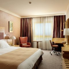 Отель Holiday Inn Attica Av. Airport West 4* Стандартный номер фото 5