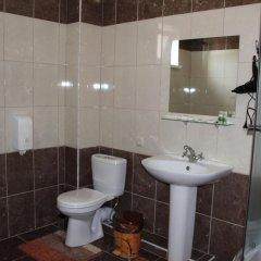 Гостиница Aparts в Ессентуках 9 отзывов об отеле, цены и фото номеров - забронировать гостиницу Aparts онлайн Ессентуки ванная фото 2