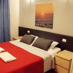 Отель Overseas Guest House Стандартный номер с двуспальной кроватью фото 11