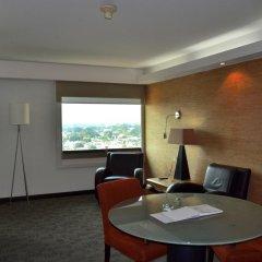 Отель Holiday Inn Select 4* Полулюкс фото 3