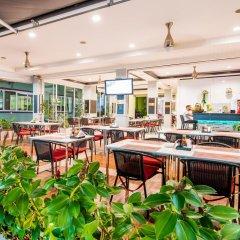 Отель Hallo Patong Dormtel And Restaurant Патонг питание фото 2
