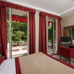 Dei Borgognoni Hotel 4* Улучшенный номер с двуспальной кроватью фото 4