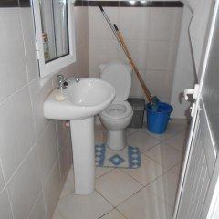 Отель Villa M Cako Албания, Ксамил - отзывы, цены и фото номеров - забронировать отель Villa M Cako онлайн ванная