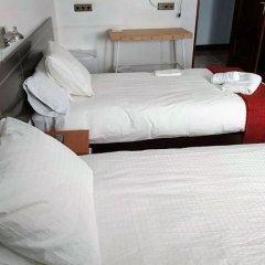 Отель Pensión Amara Стандартный номер с двуспальной кроватью (общая ванная комната) фото 7