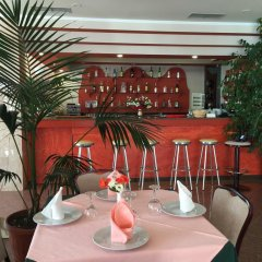 Отель Dodona Албания, Саранда - отзывы, цены и фото номеров - забронировать отель Dodona онлайн гостиничный бар