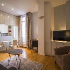 Отель Saint Honore Apartment Франция, Париж - отзывы, цены и фото номеров - забронировать отель Saint Honore Apartment онлайн комната для гостей фото 3