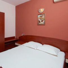 Отель Guesthouse Kirov Стандартный номер фото 22