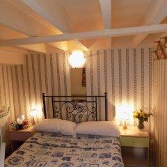Отель Soggiorno Pitti 3* Стандартный номер с двуспальной кроватью (общая ванная комната)
