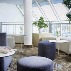 Sachsenpark-Hotel гостиничный бар