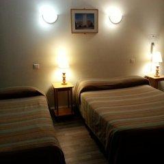 Отель Star Hôtel 2* Стандартный номер с различными типами кроватей фото 6
