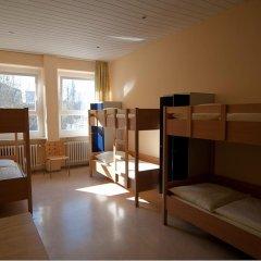 Haus International Hostel Кровать в общем номере с двухъярусными кроватями фото 2