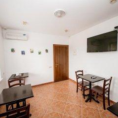 Гостиница Тристар комната для гостей фото 2