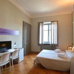 Отель Maison B Стандартный номер с двуспальной кроватью (общая ванная комната) фото 26