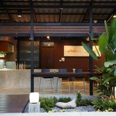 Отель Uncle Loy's Boutique House Таиланд, Бангкок - отзывы, цены и фото номеров - забронировать отель Uncle Loy's Boutique House онлайн интерьер отеля