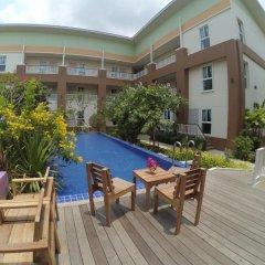 Отель U-tiny Boutique Home Suvarnabh Бангкок бассейн фото 2