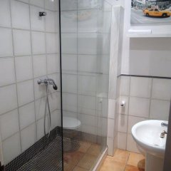 Отель Flats Friends Nave Испания, Валенсия - отзывы, цены и фото номеров - забронировать отель Flats Friends Nave онлайн ванная