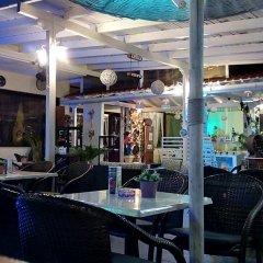 Отель Amaryllis бассейн