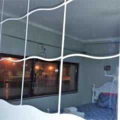 """Отель Surf & Guest Lorena""""s House бассейн"""