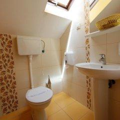 Отель Rooms Konak Mikan 2* Стандартный номер с различными типами кроватей фото 4