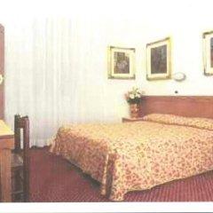 Hotel Nuova Italia 2* Стандартный номер с двуспальной кроватью