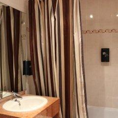 Floris Hotel Arlequin Grand-Place 3* Улучшенный номер с различными типами кроватей фото 7