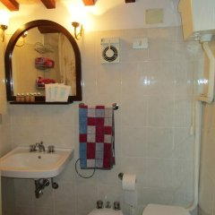 Отель B&B Carboni Трайа ванная