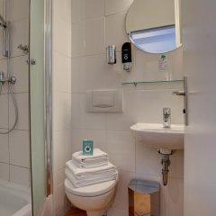 Centro Hotel Keese 3* Стандартный номер с двуспальной кроватью фото 15