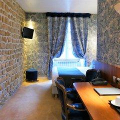 Odéon Hotel 3* Улучшенный номер с различными типами кроватей фото 11