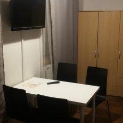 Отель Apartmány Pod věží Пльзень в номере
