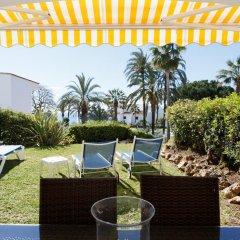 Отель Coral Beach Aparthotel 4* Улучшенные апартаменты с 2 отдельными кроватями фото 3