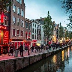 Отель Nieuwmarkt Area Нидерланды, Амстердам - отзывы, цены и фото номеров - забронировать отель Nieuwmarkt Area онлайн приотельная территория фото 2