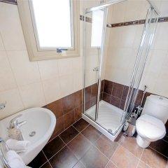 Отель Oceanview Villa 089 Кипр, Протарас - отзывы, цены и фото номеров - забронировать отель Oceanview Villa 089 онлайн ванная