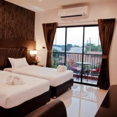 Отель 101 Holiday Suites 4* Улучшенный номер разные типы кроватей