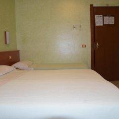 Отель Bruna Италия, Рим - 10 отзывов об отеле, цены и фото номеров - забронировать отель Bruna онлайн комната для гостей