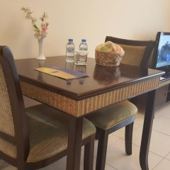 Отель Al Hayat Hotel Apartments ОАЭ, Шарджа - отзывы, цены и фото номеров - забронировать отель Al Hayat Hotel Apartments онлайн удобства в номере фото 4