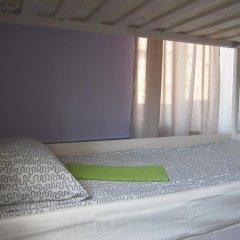 Hostel DomZhur Кровать в общем номере с двухъярусными кроватями фото 2
