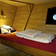Отель Den Röda Båten Швеция, Стокгольм - отзывы, цены и фото номеров - забронировать отель Den Röda Båten онлайн сейф в номере