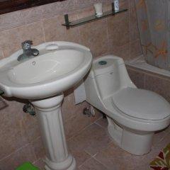 Отель Shirley's Beach Place Доминикана, Пунта Кана - отзывы, цены и фото номеров - забронировать отель Shirley's Beach Place онлайн ванная