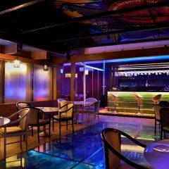 Hotel The Golden Oak Raipur гостиничный бар
