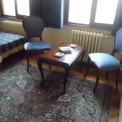 Отель Berk Guesthouse - 'Grandma's House' 3* Стандартный семейный номер с двуспальной кроватью фото 3
