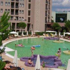 Отель Menada Apartments in Royal Beach Болгария, Солнечный берег - отзывы, цены и фото номеров - забронировать отель Menada Apartments in Royal Beach онлайн бассейн фото 2