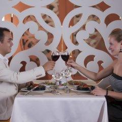 Justiniano Deluxe Resort Турция, Окурджалар - отзывы, цены и фото номеров - забронировать отель Justiniano Deluxe Resort онлайн питание фото 3