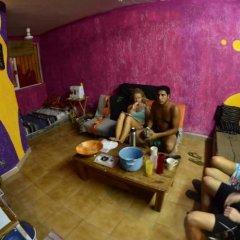 Отель Tres Mundos Hostel Мексика, Плая-дель-Кармен - отзывы, цены и фото номеров - забронировать отель Tres Mundos Hostel онлайн развлечения