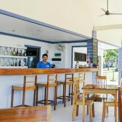 Отель Soontreeya Lanta гостиничный бар