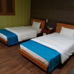 Hotel At Home 2* Стандартный номер с 2 отдельными кроватями фото 3