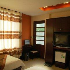 DMZ Hotel 2* Люкс с различными типами кроватей фото 10
