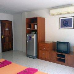 Отель Family Home Guesthouse Стандартный номер с различными типами кроватей фото 3