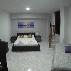 Отель Meridian Glories Барселона комната для гостей фото 4